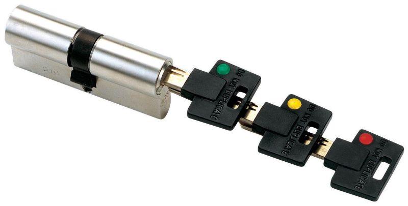 Сердцевина замка Mul-T-Lock Светофор MT5+ 3 в 1