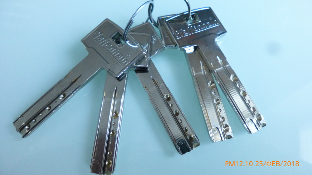 Цилиндр замка ABUS Pfaffenhain SKG3 ключ-ключ 60 мм (3 ключа)